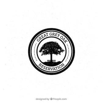 Badge carvalho cinza