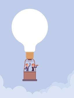 Balão de ar quente de ótima ideia com lâmpada e empresários na cesta. empresário e mulher de negócios flutuam alto no céu, desfrutam da realização do objetivo ou propósito, iniciam um novo projeto. ilustração vetorial