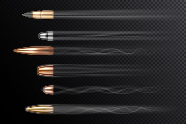 Balas voadoras com caudas de fumaça de fogo realistas isoladas em bala de fundo transparente