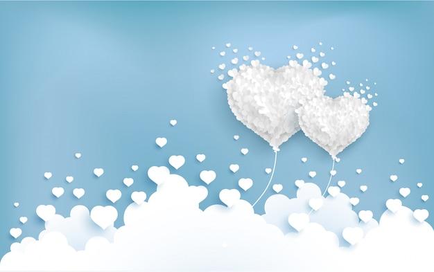 Balões de amor voam sobre as nuvens