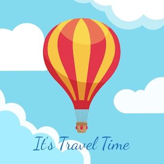 Balões de ar quente dos desenhos animados no céu azul com ilustração de nuvens
