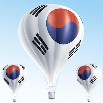 Balões de ar quente pintados como a bandeira da coreia do sul