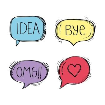 Balões de fala com ilustração de ícones de estilo doodle de mídia social