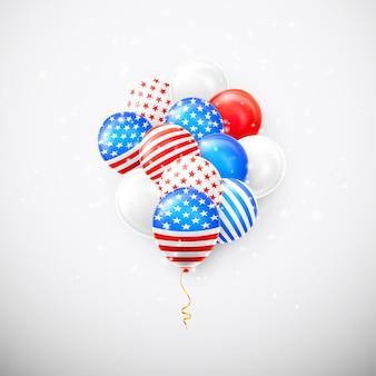Balões de hélio com bandeira americana isolada