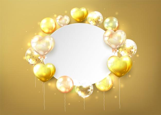 Balões dourados com espaço de cópia em forma de coração no fundo dourado