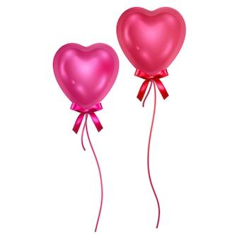 Balões em forma de coração conjunto isolado. balões coloridos brilhantes. elemento de decoração festiva para o dia dos namorados ou casamento.