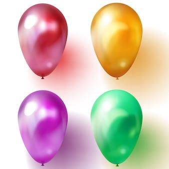 Balões verdes, roxos, dourados e vermelhos