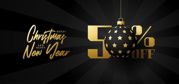 Bandeira de grande venda de feliz natal. venda de natal de luxo com 50% de desconto no modelo de banner real preto com uma bola dourada decorada pendurada em um fio. feliz ano novo e ilustração vetorial de natal