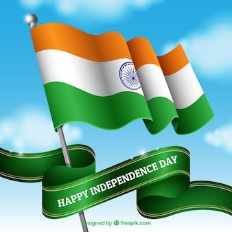 Bandeira indiana ondulando no céu