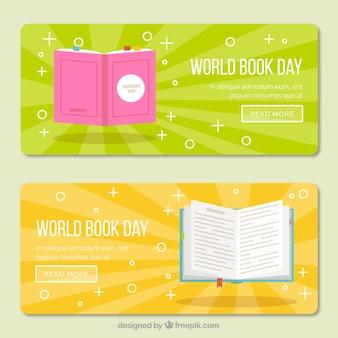 Bandeiras coloridas com os livros no design plano
