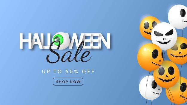 Banner 3d de venda de halloween com balão em fundo azul