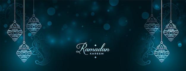 Banner cintilante ramadan kareem com decoração de lanterna