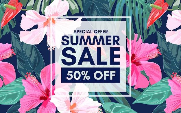 Banner colorido tropical de verão venda com folhas exóticas e flores de hibisco.