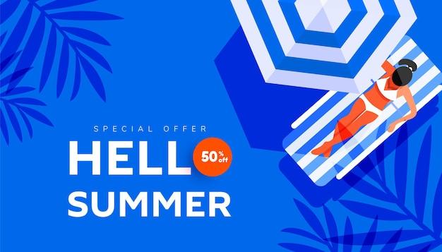 Banner criativo de venda de férias de verão olá em cores brilhantes da moda com mulher na praia
