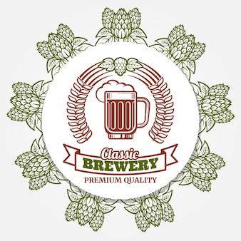 Banner de cerveja redonda com lúpulo e rótulo de cerveja