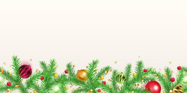 Banner de natal com galhos de pinheiro, bolas, flocos de neve dourados e pedaços de serpentina em fundo branco. repetição horizontal.
