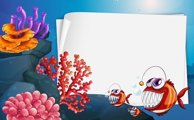 Banner de papel em branco com peixes-pescador e elementos da natureza submarina no fundo subaquático
