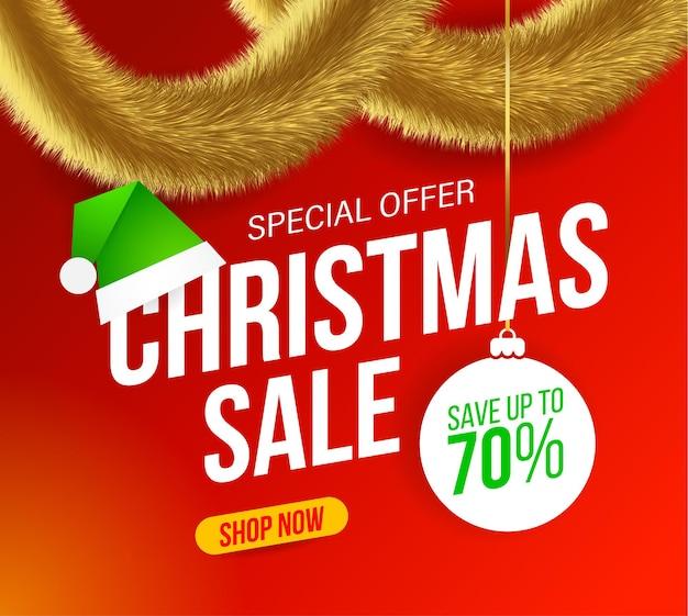 Banner de venda de natal com enfeites dourados peludos e chapéu de duende verde sobre fundo vermelho para ofertas especiais