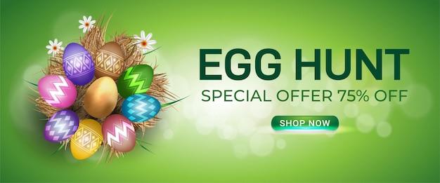 Banner de venda de páscoa com ovos de páscoa e flores