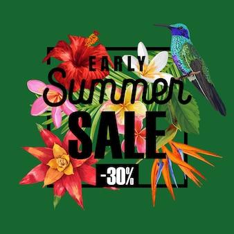 Banner de venda de verão com flores de hibisco tropical