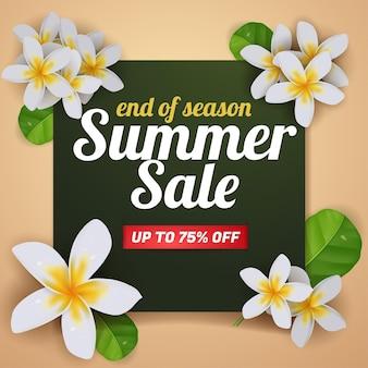 Banner de venda de verão com panfleto de modelo de mídia social realista de flores de plumeria