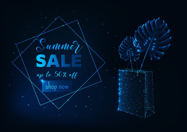 Banner de venda de verão futurista com brilhante poli sacola de compras e folhas de monstera tropical.