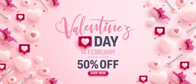 Banner de venda do dia dos namorados com corações doces, balão e elementos de dia dos namorados em rosa