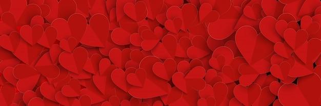 Banner do dia dos namorados com corte de papel de corações vermelhos