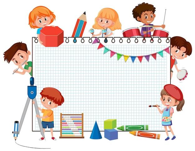 Banner vazio com personagem de desenho animado de crianças em idade escolar