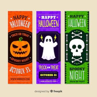 Banners coloridos de halloween com design plano