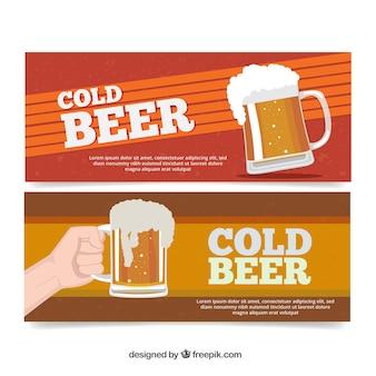 Banners de cerveja no design plano