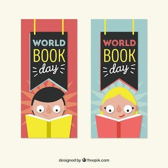 Banners de crianças concentradas leitura para o dia do livro do mundo