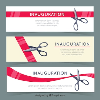 Banners de inauguração com fita de corte de tesoura