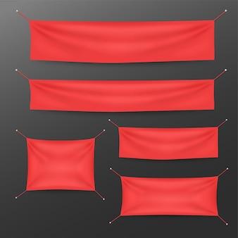 Banners de têxtil vermelho com conjunto de modelo de dobras