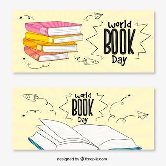 Banners dia mundial do livro com os livros no estilo de desenho à mão