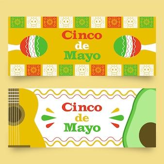 Banners mexicanos coloridos com maracas e guitarra