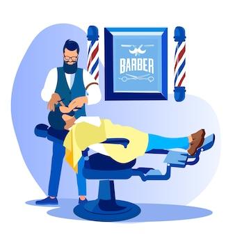 Barber styling client beard no salão de beleza de homens