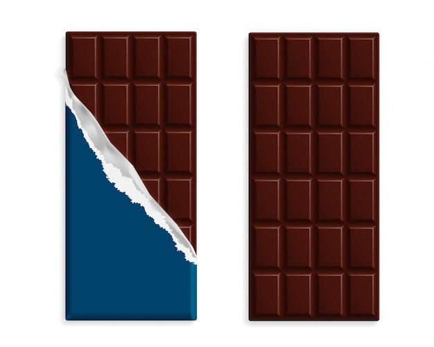 Barras de chocolate preto no invólucro