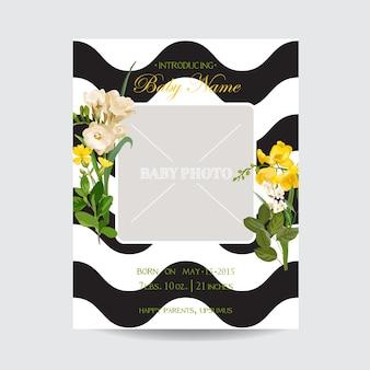Bebê chegada verão e primavera floral cartão em estilo aquarela. flores de campo vintage de vetor