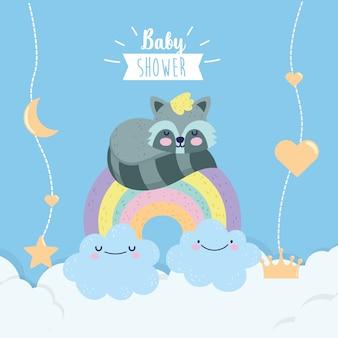 Bebê chuveiro guaxinim bonito no arco-íris com nuvens dos desenhos animados