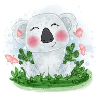 Bebê coala ilustração fofa sente-se na grama com uma borboleta