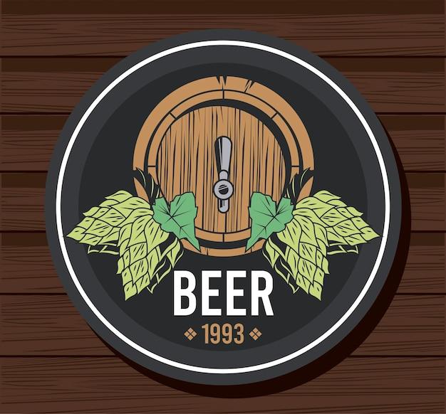 Bebida de barril de cerveja com sementes de lúpulo em desenho de ilustração de madeira