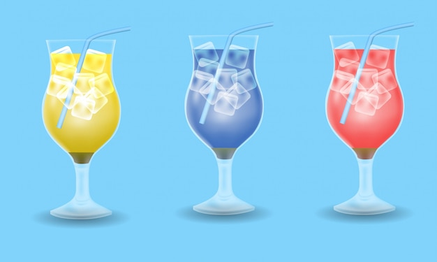 Bebida de verão conjunto decoração, bebida amarela, azul e vermelha sobre fundo azul