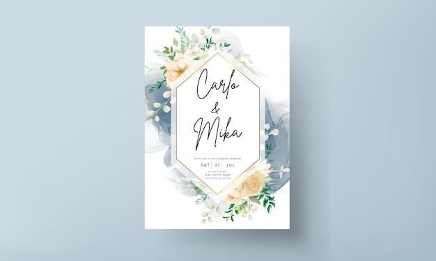 Bela mão desenhando modelo de conjunto de convite de casamento floral