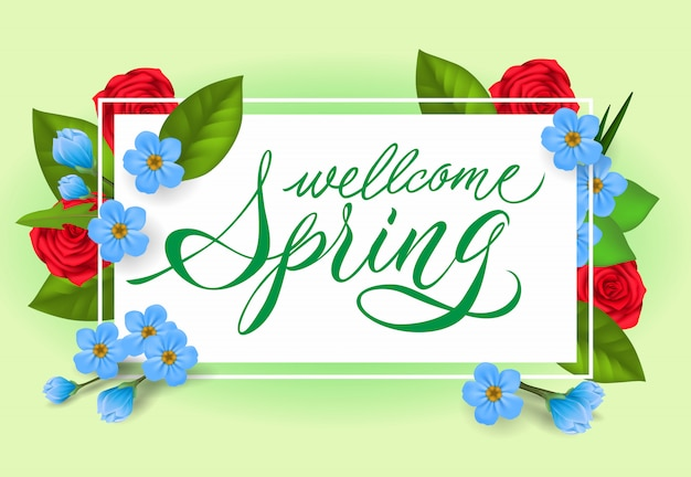 Bem-vindo a rotulação de primavera. inscrição criativa com flores rosas e azuis.