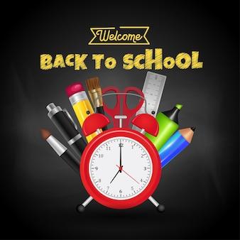 Bem-vindo de volta ao desenho de texto escolar com giz no quadro-negro com coisas e elementos escolares