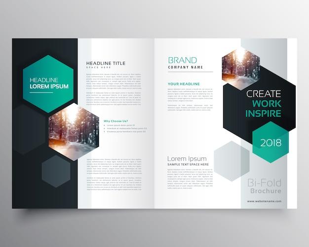 Bifold negócio folheto ou revista capa página desenho com hexagonal forma vetorial modelo