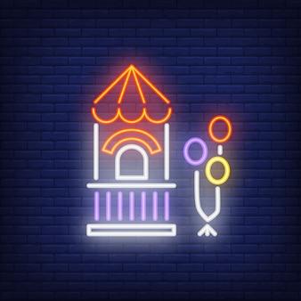 Bilhete em sinal de néon de parque de diversões