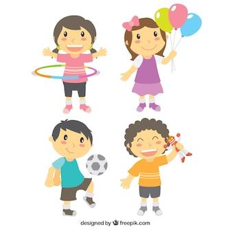 Bloco de quatro crianças bonitos que jogam