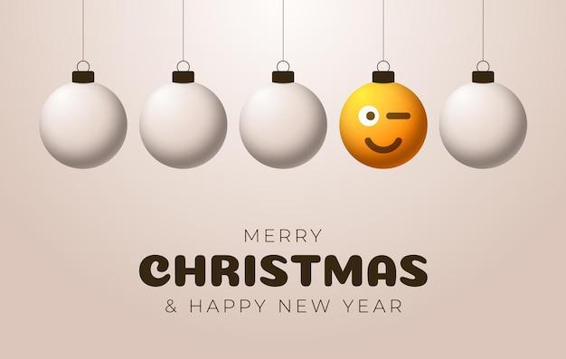 Bola amarela de feliz natal com cartão de saudação de rosto bonito. emoticons em brinquedos de bolhas. vetor para árvore de natal de férias de decoração. elemento do projeto bandeira de venda de feliz ano novo, folheto, cartaz, plano de fundo.